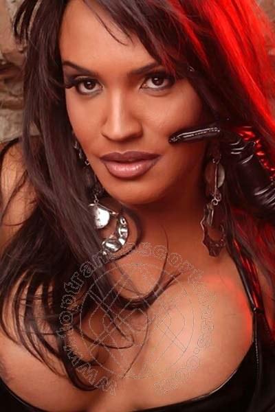 Claudia Hot  MARINA DI MASSA 3898889400