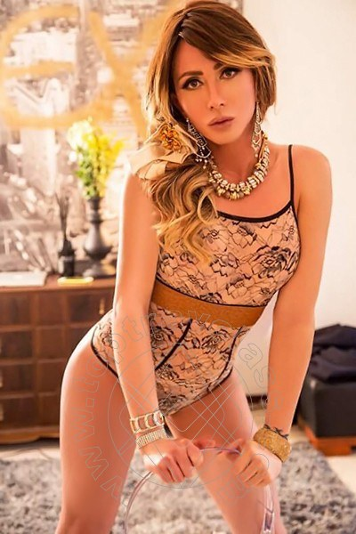 Miss Vivian  CHIAVARI 3664504341