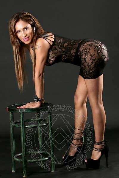 Leyla  COMO 3383398084